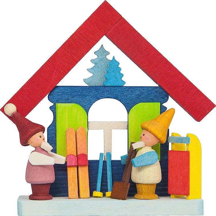 Christbaumschmuck Buntes Haus mit Zwergen und Ski  -  7,5cm