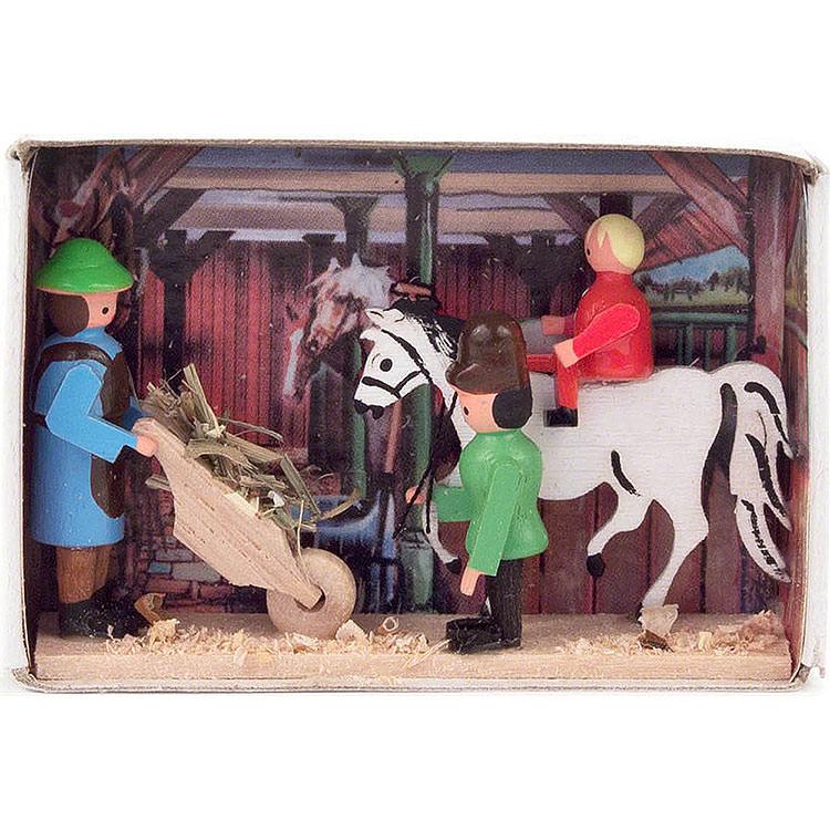 Zündholzschachtel Pferdestall  -  4cm