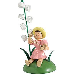 Blumenkind mit Maiglöckchen und Waldhorn sitzend  -  12cm