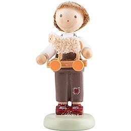 Flachshaarkinder Junge mit Spielzeuglämmchen  -  5cm