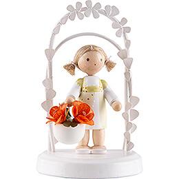 Flax Haired Children  -  Birthday Child with Daisies  -  7,5cm / 3 inch