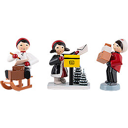 Winter Children Christmas Post  -  3 pcs.  -  red  -  7cm / 2.8 inch